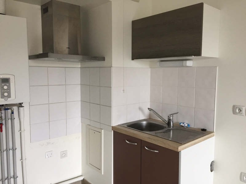 Rental apartment Begles 627€ CC - Picture 2