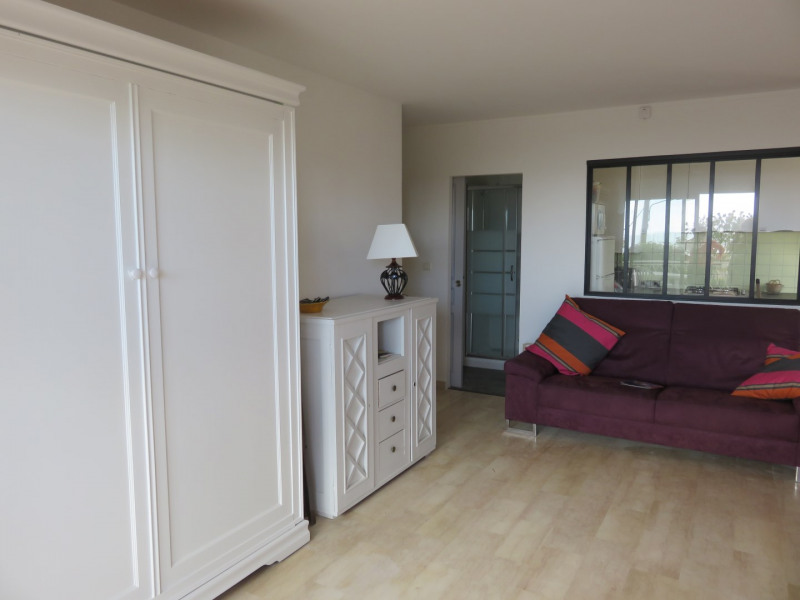 Vacation rental apartment Bandol 640€ - Picture 3