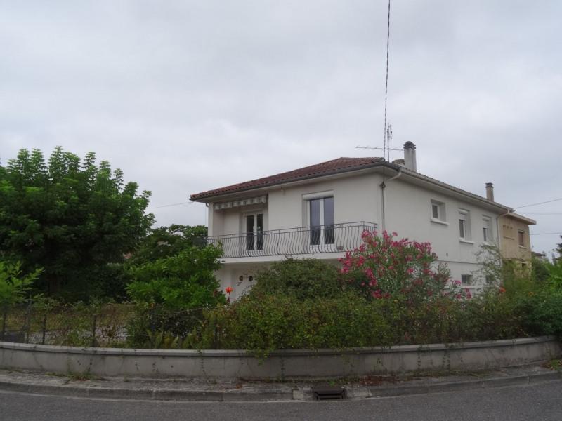 Location maison / villa Le passage 900€ CC - Photo 11