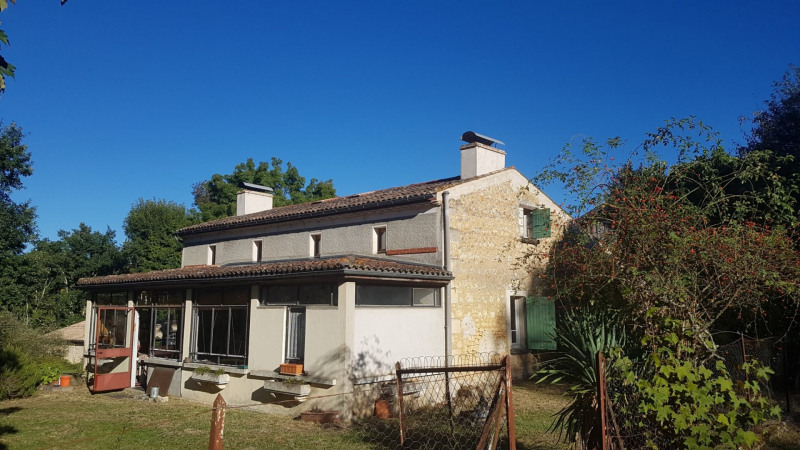 Sale house / villa Le fouilloux 128 000€ - Picture 1