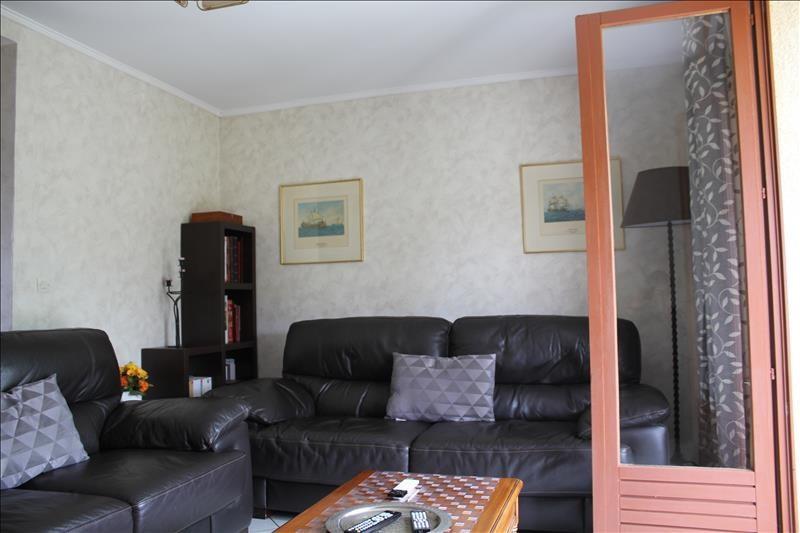 Revenda casa Nogent le roi 275600€ - Fotografia 3