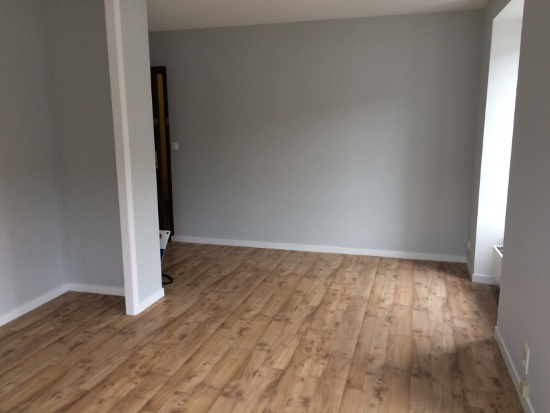 Location appartement Coutances 375€ CC - Photo 3