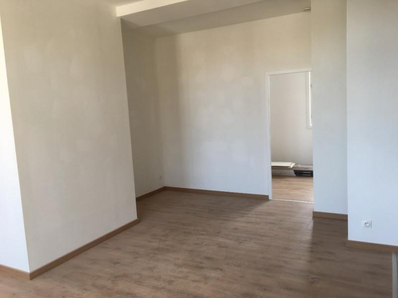 Rental apartment Saint omer 455€ CC - Picture 4