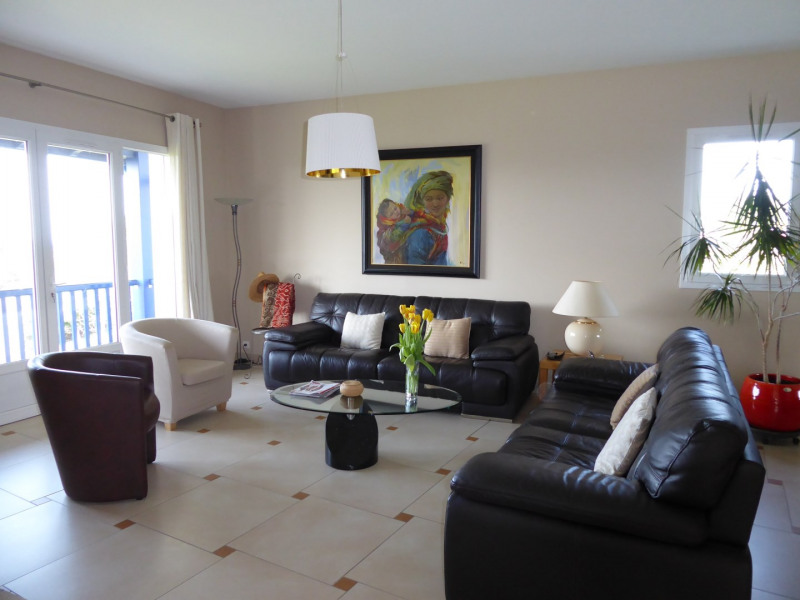 Sale house / villa Saint-jean-de-luz 1 090 000€ - Picture 2