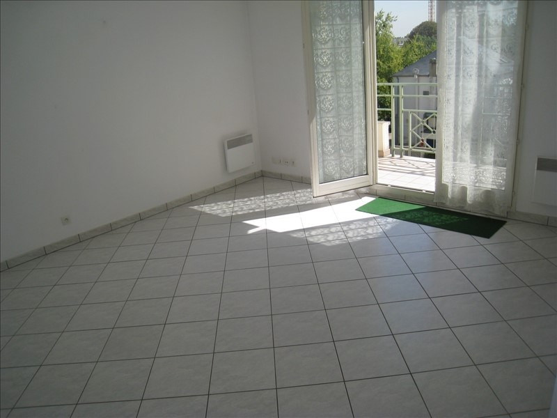 Affitto appartamento Verneuil sur seine 599€ CC - Fotografia 3