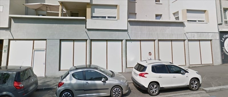 Sale empty room/storage Venissieux 252000€ - Picture 1
