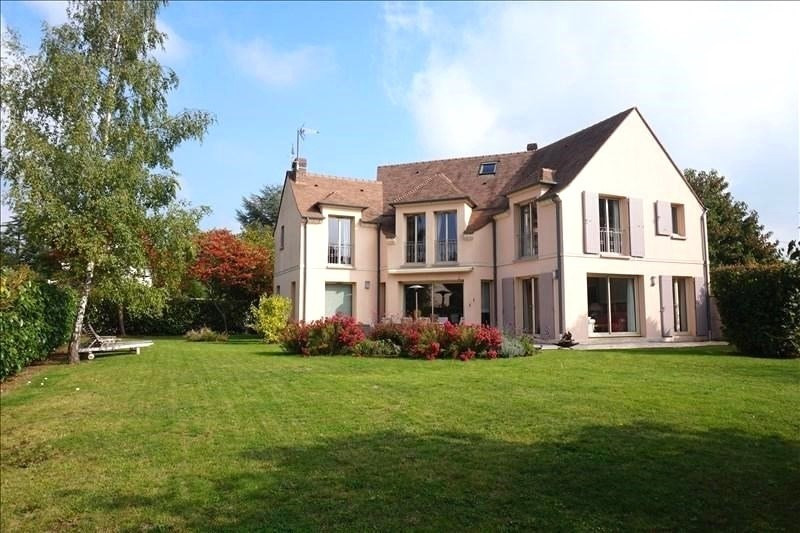Sale house / villa Feucherolles 915 000€ - Picture 1