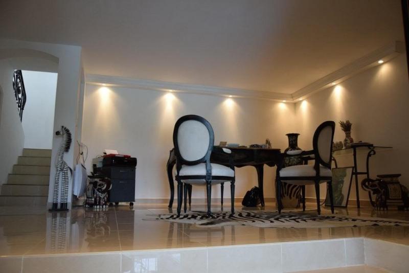 Deluxe sale house / villa Ste maxime 1750000€ - Picture 8