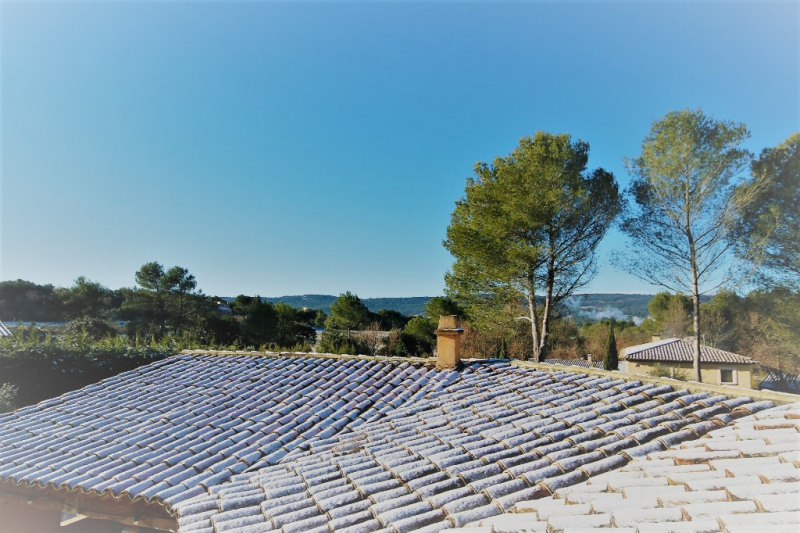Rental house / villa Meyrargues 2 900€ CC - Picture 11