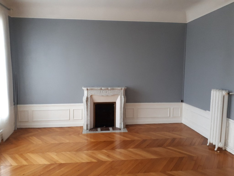 Rental apartment Saint quentin 615€ CC - Picture 13