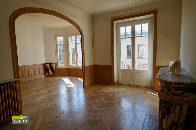 ANNECY-HYPERCENTRE - Bel appartement bourgeois -T4