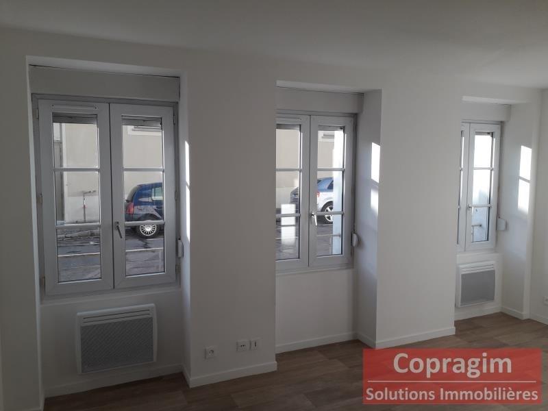 Rental apartment Montereau fault yonne 475€ CC - Picture 1