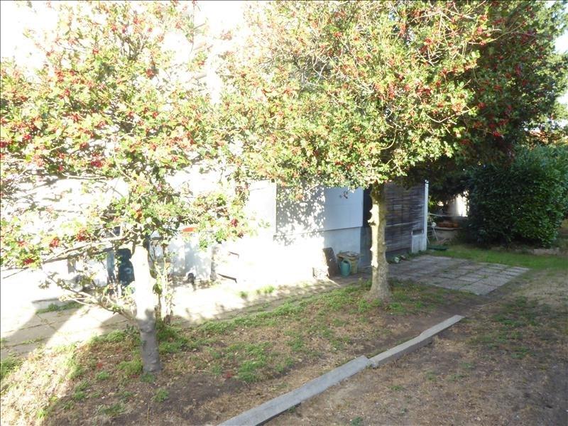 Sale house / villa Villemomble 325500€ - Picture 6