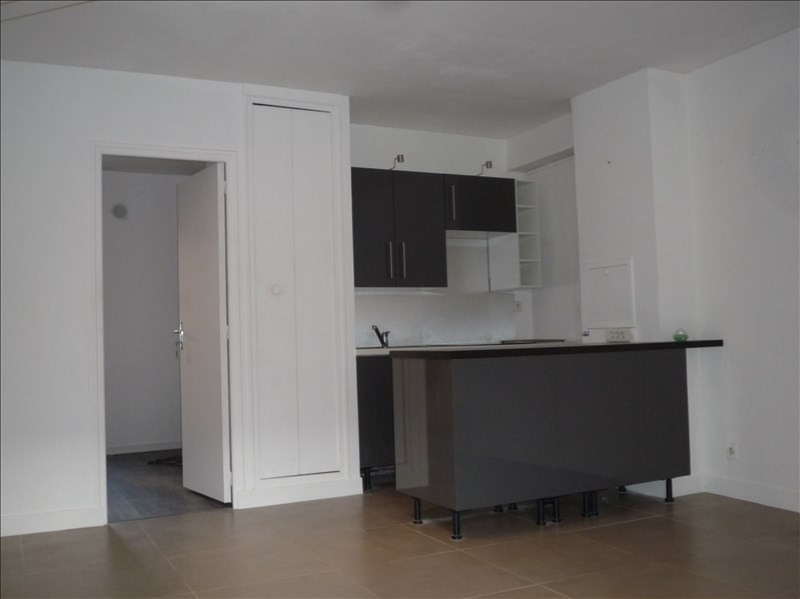 Location appartement Le port marly 719€ CC - Photo 3
