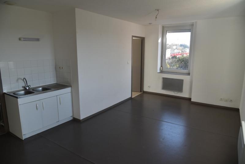 Location appartement Pont d'ain 337€ CC - Photo 2