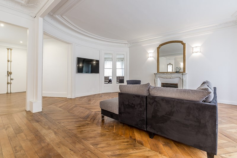 Location appartement Paris 16ème 5 500€ CC - Photo 1