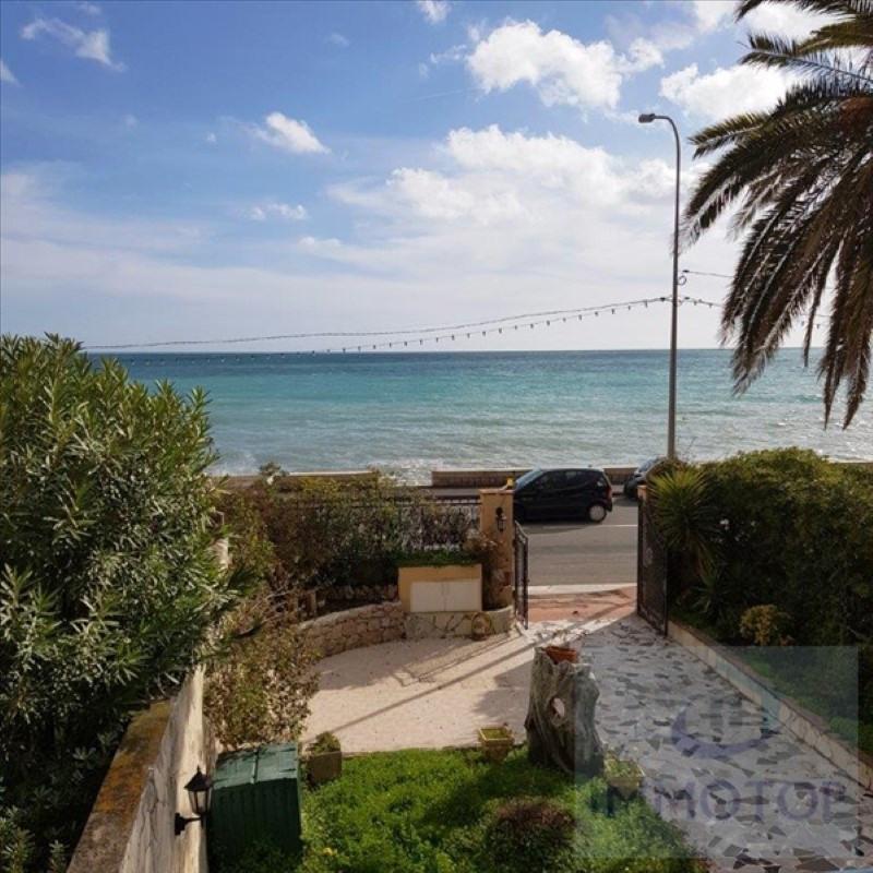 Deluxe sale house / villa Menton 898000€ - Picture 2