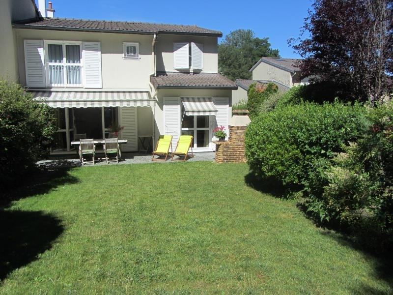 Sale house / villa Sucy en brie 442 000€ - Picture 1