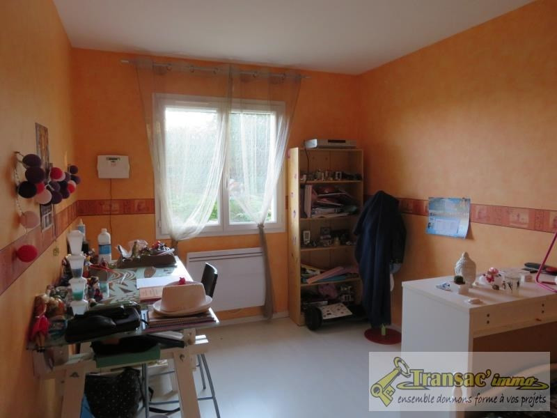 Vente maison / villa Puy guillaume 208 000€ - Photo 6