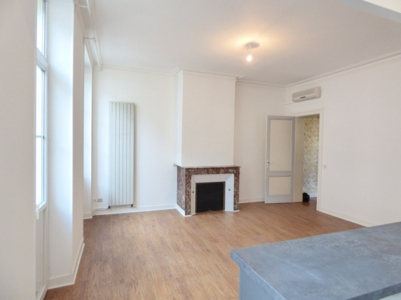 Rental apartment Libourne 960€ CC - Picture 4