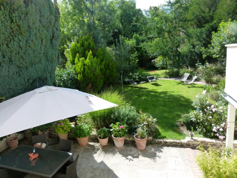 Deluxe sale house / villa Montfort l amaury 1248000€ - Picture 1