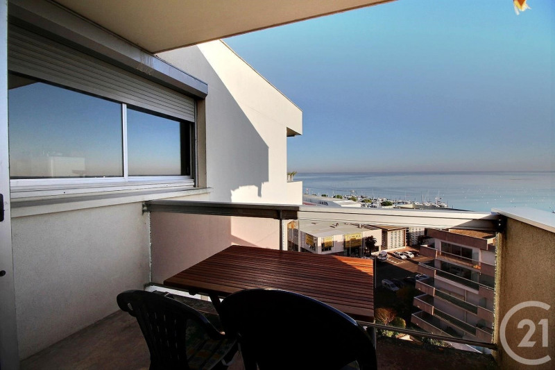Sale apartment Arcachon 242 000€ - Picture 1