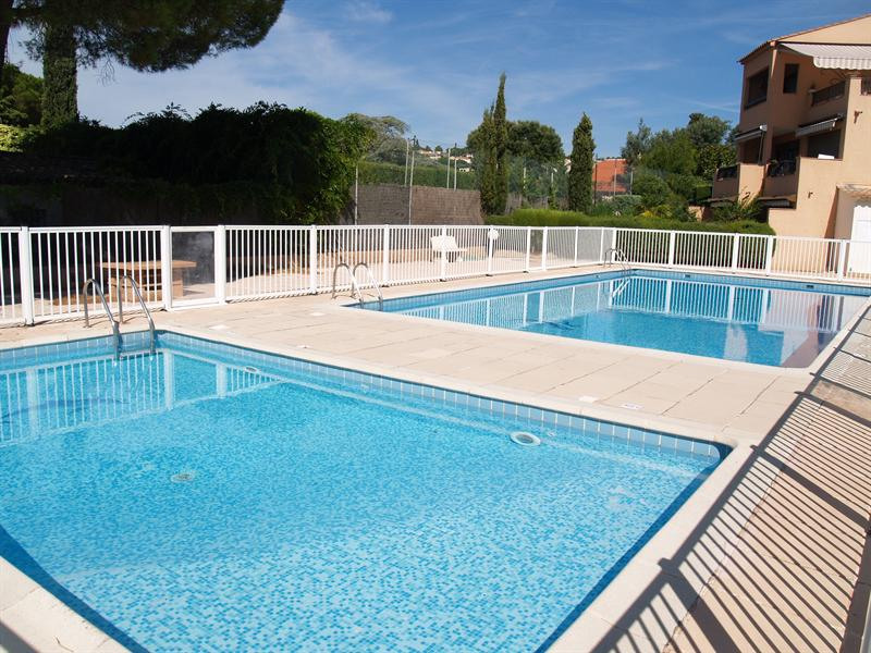 Vacation rental apartment Les issambres 710€ - Picture 4
