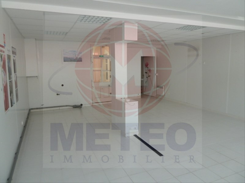 Vente local commercial La tranche sur mer 123 697€ - Photo 2