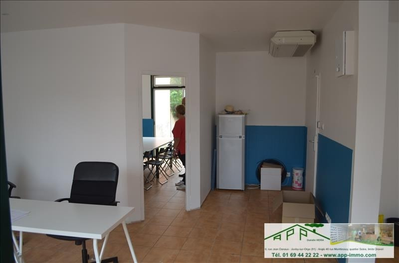 Location local commercial Draveil 630€ HT/HC - Photo 4