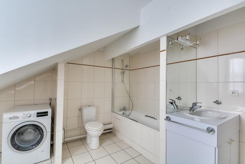Rental apartment Paris 10ème 3750€ CC - Picture 8