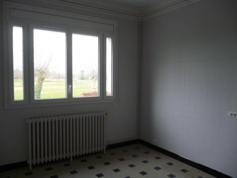 Rental apartment Laloubere 886€ CC - Picture 11