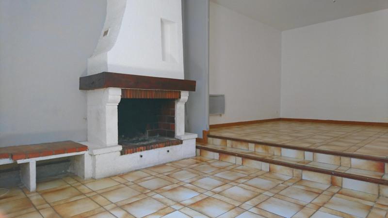 Location maison / villa Villefranche de lauragais 930€ CC - Photo 3