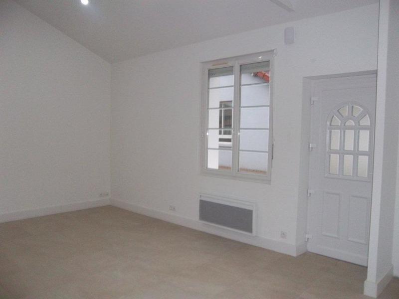 Sale house / villa Les sables-d'olonne 299000€ - Picture 10