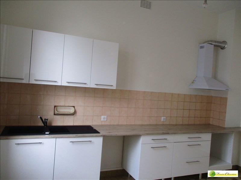Location maison / villa Gond pontouvre 600€ CC - Photo 3