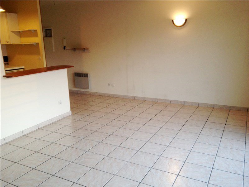 Rental apartment Bretigny sur orge 590€ CC - Picture 2