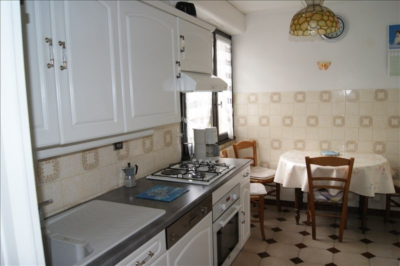 Sale apartment Cluses 138 000€ - Picture 1