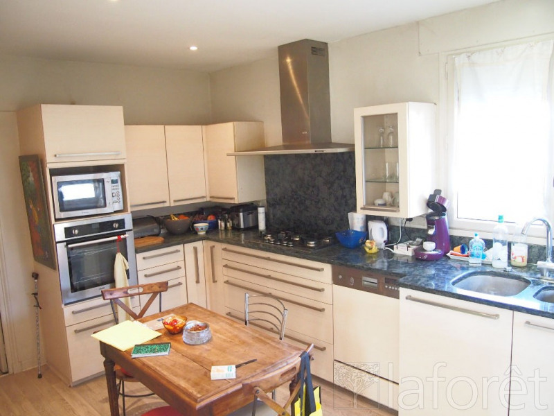 Sale house / villa Bourgoin jallieu 396000€ - Picture 4