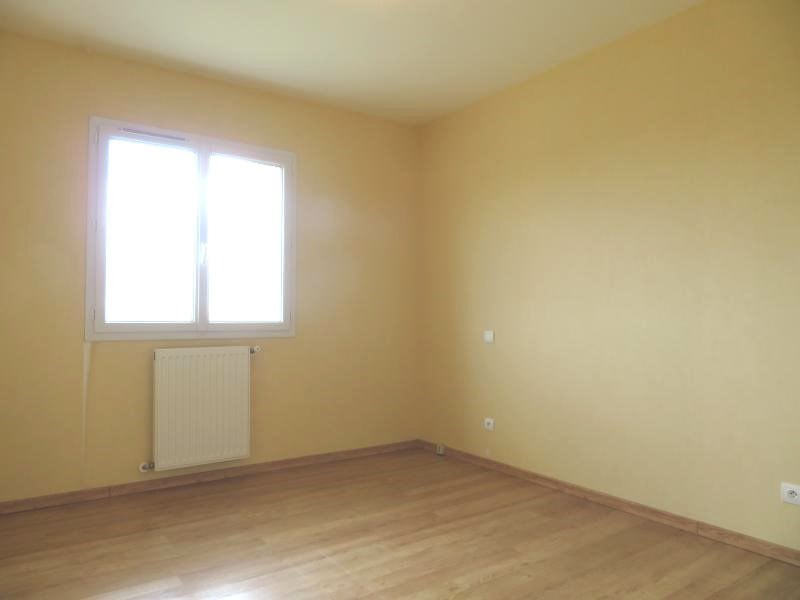 Rental house / villa Foulayronnes 880€ CC - Picture 7