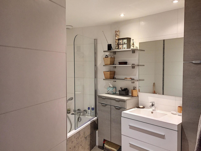 Immobile residenziali di prestigio appartamento Sassenage 299000€ - Fotografia 12