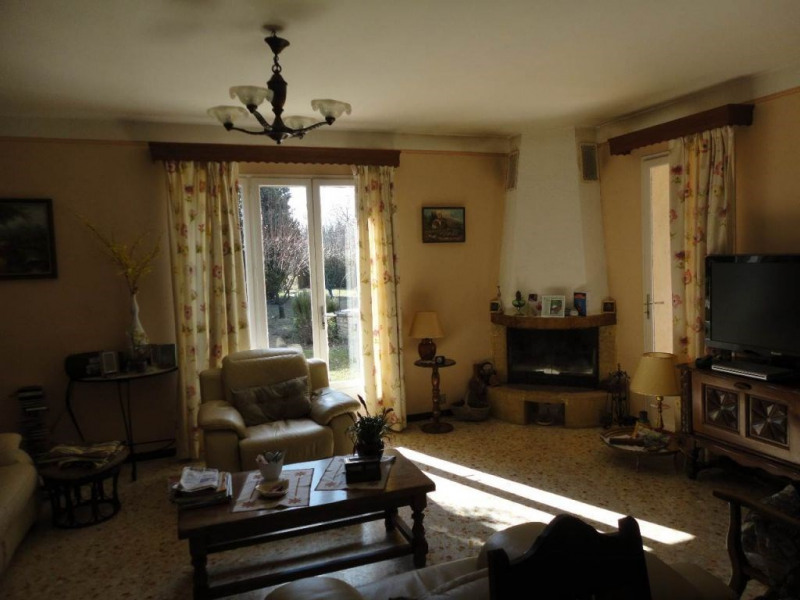 Sale house / villa Entraigues sur la sorgue 410000€ - Picture 9