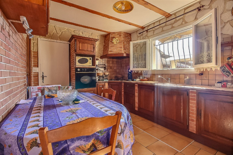 Vente maison / villa Saint gilles 215 000€ - Photo 3
