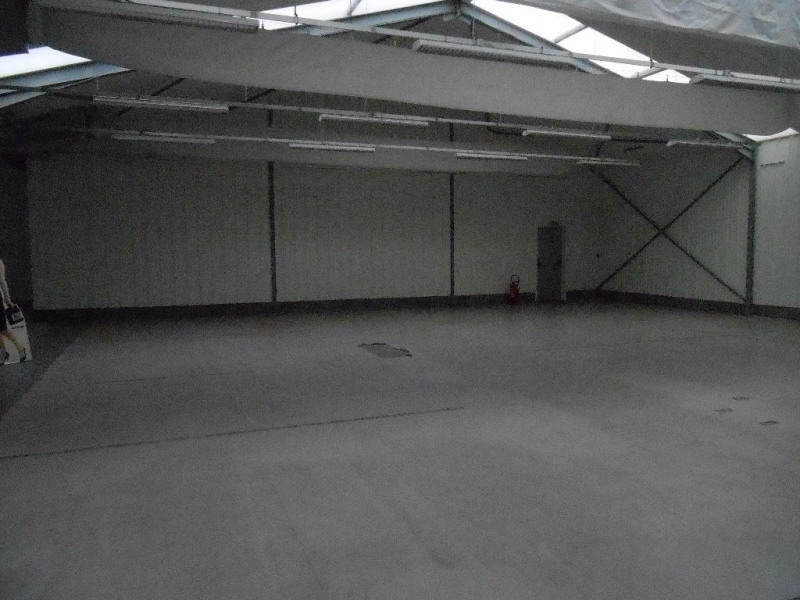 Location local commercial Plomelin 875€ CC - Photo 2