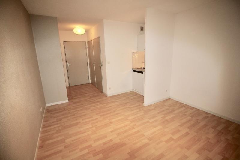 Rental apartment Castanet tolosan 390€ CC - Picture 1