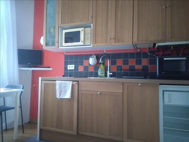Location appartement Paris 18ème 865€ CC - Photo 3