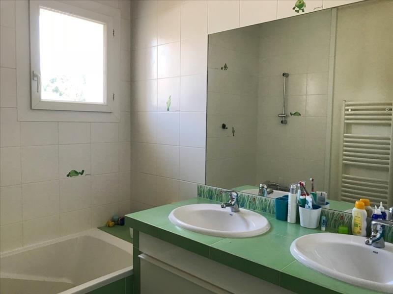 Vente maison / villa St priest 549000€ - Photo 6
