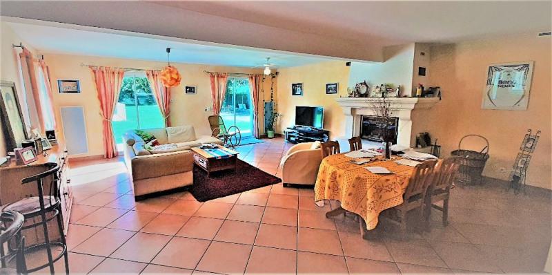 Sale house / villa Buros 440000€ - Picture 5