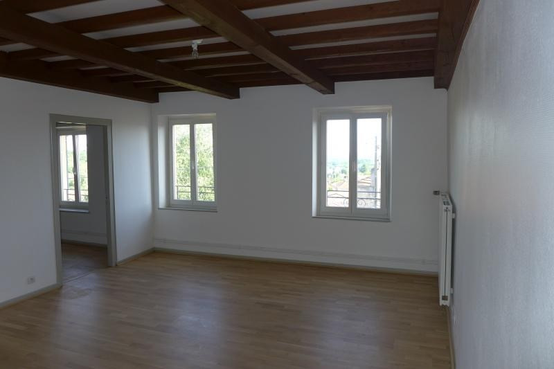 Sale apartment Lessy 218 000€ - Picture 2