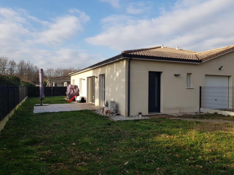 Maison mitoyenne de type 4 avec jardin et garage