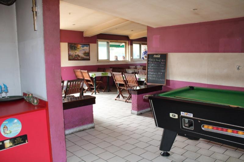 Commercial property sale shop Le tampon 130800€ - Picture 2