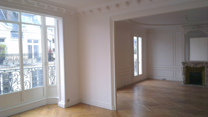 Location appartement Paris 17ème 5 690€ CC - Photo 4